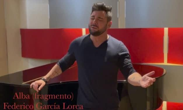 Miguel Poveda canta para Agustín Penón